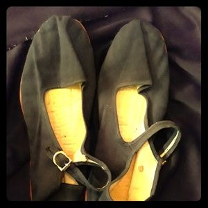 Vintage shoes ..Mary Jane's..used but in good cond